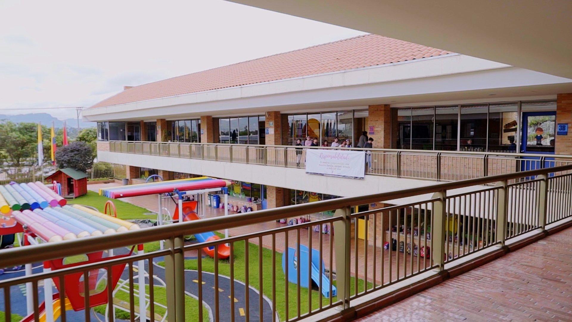 Colegio Cumbres (Bogotá)