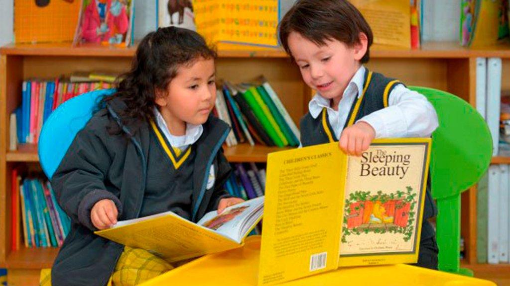 biblioteca-liceo-de-colombia-bilingue-bogota