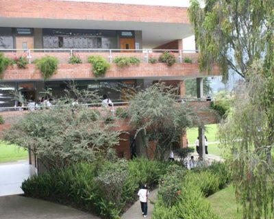 Colegio San Mateo Apóstol (Bogotá)