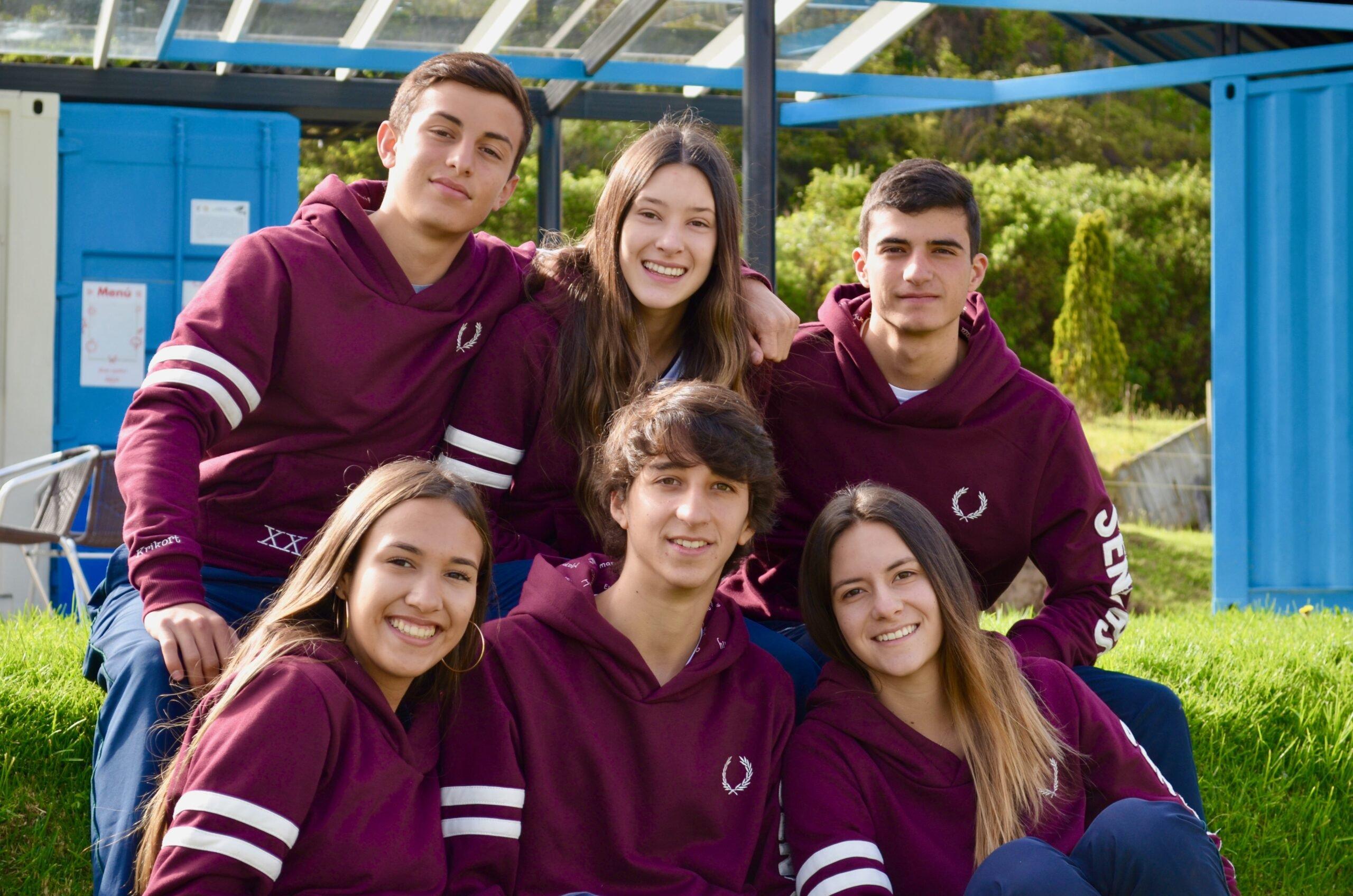 Estudientes del Colegio Cumbres